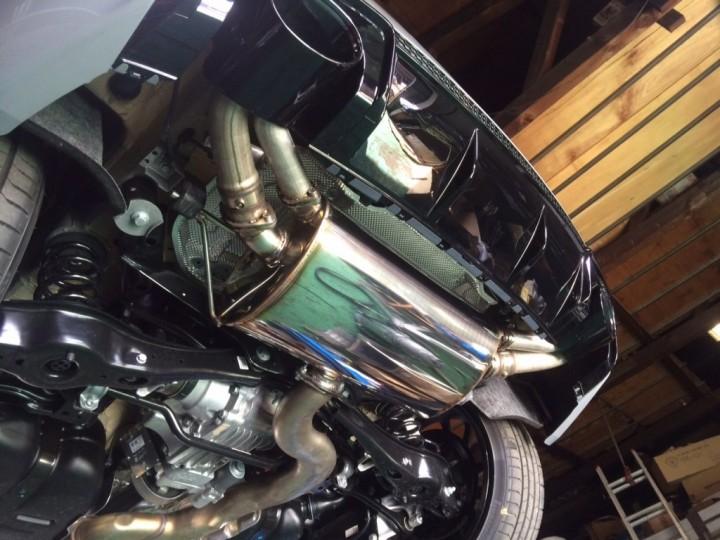 RS3 マフラー2