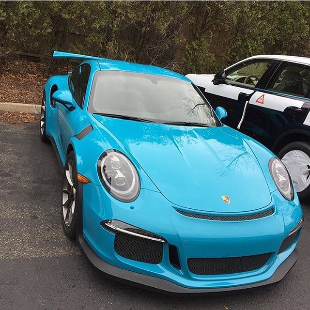 GT3RSマイアミブルー